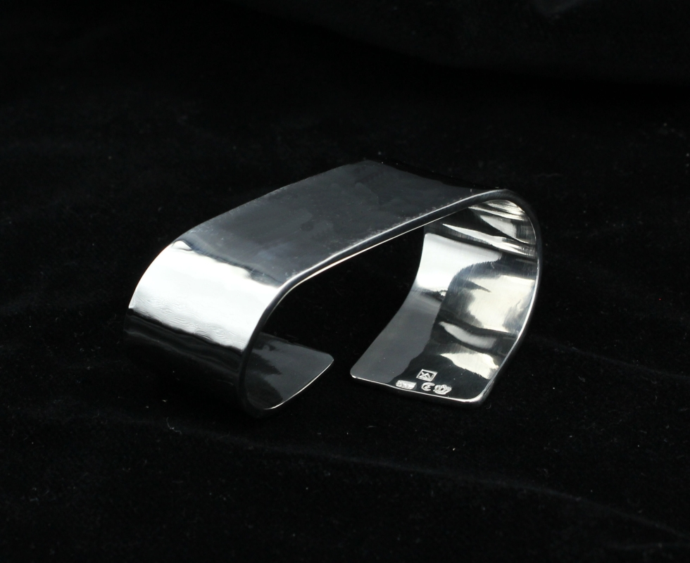 handmade napkin ring, 925 Sterling silver, hammered